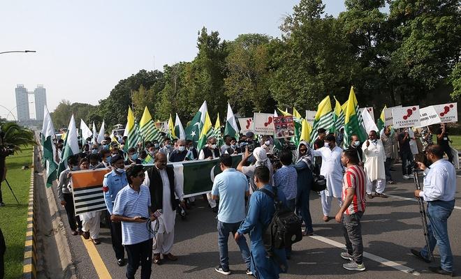 İslamabad'da  Keşmir'e destek gösterisi yapıldı