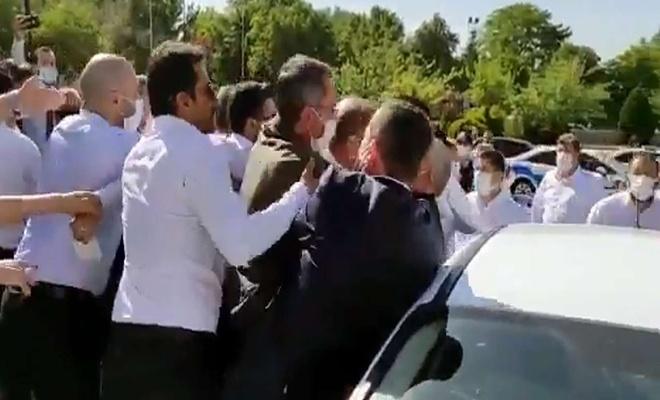 Gelecek Partisi Şanlıurfa İl Başkanı Yeşil meclis önünde darp edildiğini ileri sürdü