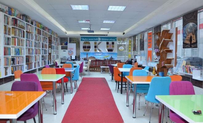 Diyarbakır'da tasarımıyla dikkat çeken kütüphane