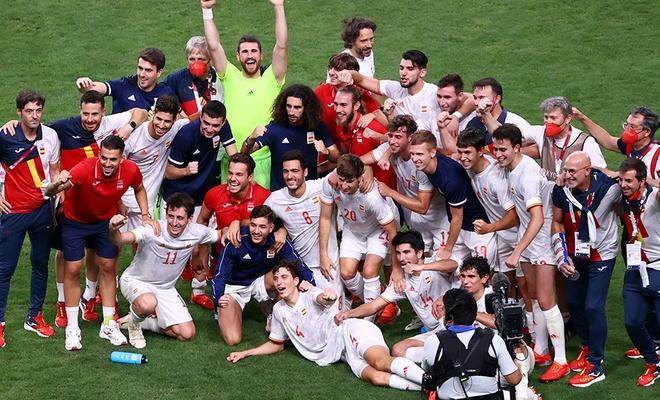 İspanya uzatmada final biletini kaptı!
