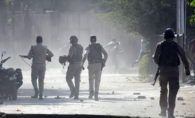 Hindistan 3 haftada 18 sivil Keşmirliyi öldürdü 40'ın üzerinde yaralı var