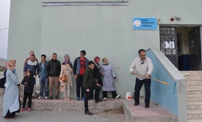 Iğdır Üniversitesi'nden köy okuluna destek