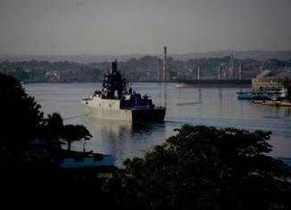 Rus donanması Küba'da