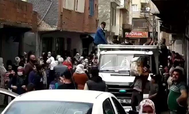 Diyarbakır Valiliği: Patates dağıtımı sırasında provokasyon yapılmak istendi