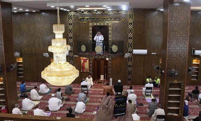Ürdün'de kapatılan camiler yeniden açılıyor