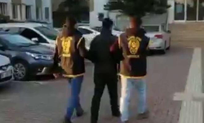 3 ayrı iş yerinden çaldığı parayla yakalandı