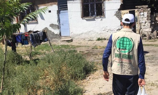 Umut Kervanı Kayseri'de ihtiyaç sahibi 300 haneye kurban etini ulaştırdı