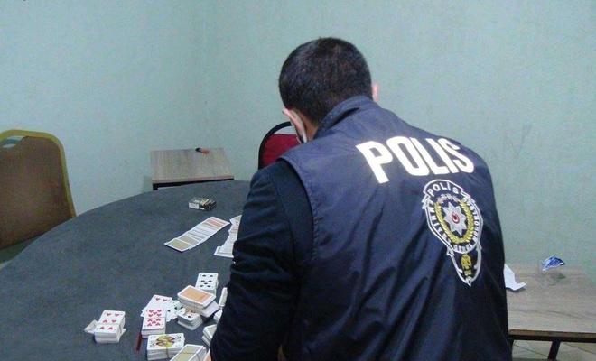 Muğla'da kumar oynayan 17 şahsa ceza kesildi