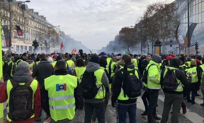 Sarı yelekli gösteriler yasaklandı