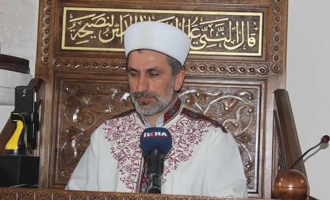Adıyaman Ulu Cami İmamı: Ramazan bize kulluğu bu virüs salgını ise acziyetimizi öğretti