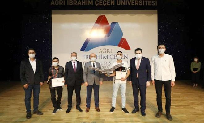 AİÇÜ'de Bilimsel Teşvik Ödülleri Töreni yapıldı