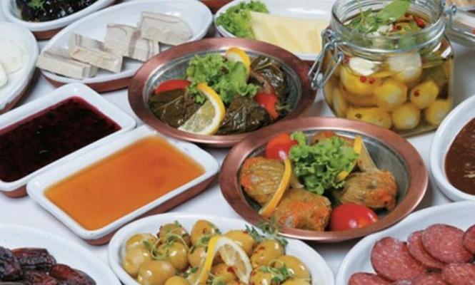 Ramazan`da dengeli beslenme uyarısı