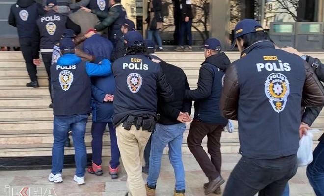 Adana'da çeşitli suçlardan aranan 413 kişi yakalandı