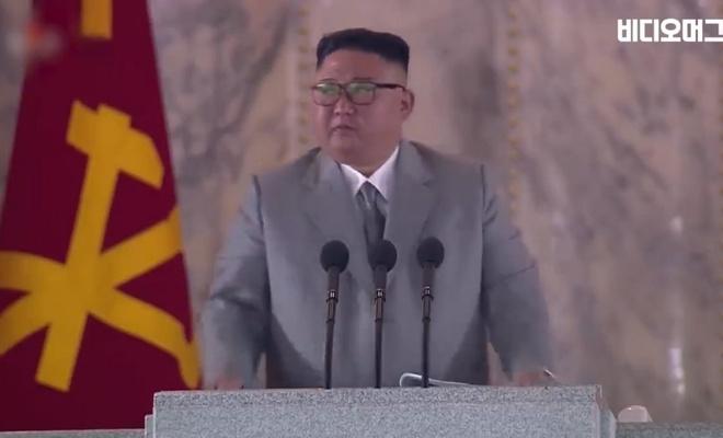 Bir diktatör; halkından özür dilerken ağladı