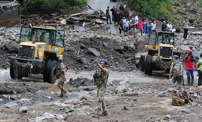 Araklı'daki selde hayatını kaybedenlerin sayısı 7'ye yükseldi