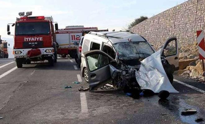 Bayram tatilinde yaşanan kazalarda 38 kişi vefat etti