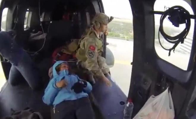 Kaza geçiren 2 kadın dağcı kurtarıldı