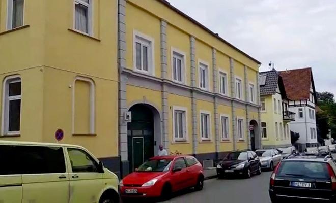 Almanya'da camiye alçak saldırı!
