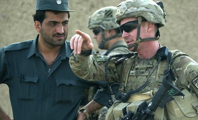 'Afganistan'da içeriden saldırı: 4 ABD askeri öldü'