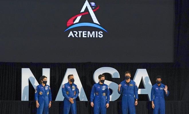 NASA'dan Ay seferleri hazırlığı