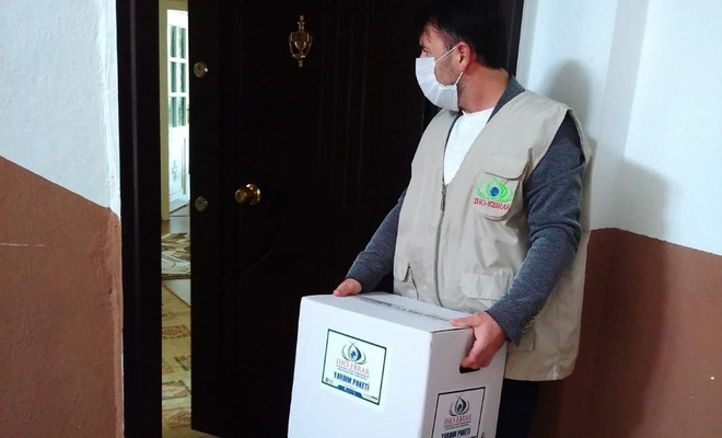 IHO EBRAR, Bayburt'ta ihtiyaç sahibi ailelere gıda yardımında bulundu