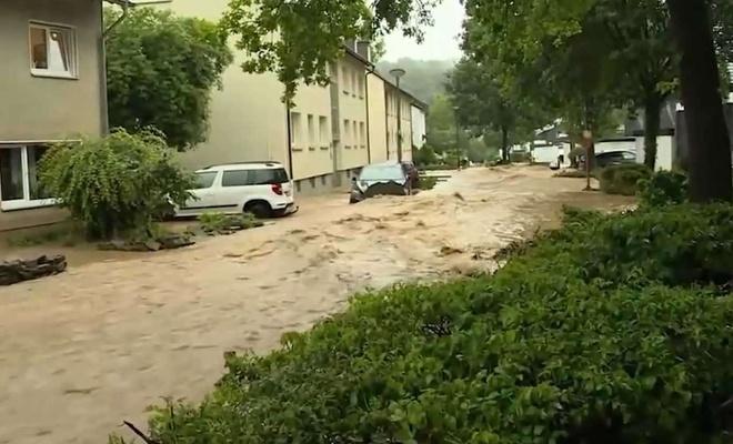 Temmuz ayında Almanya'da son 60 yılın en yıkıcı sel felaketi yaşandı