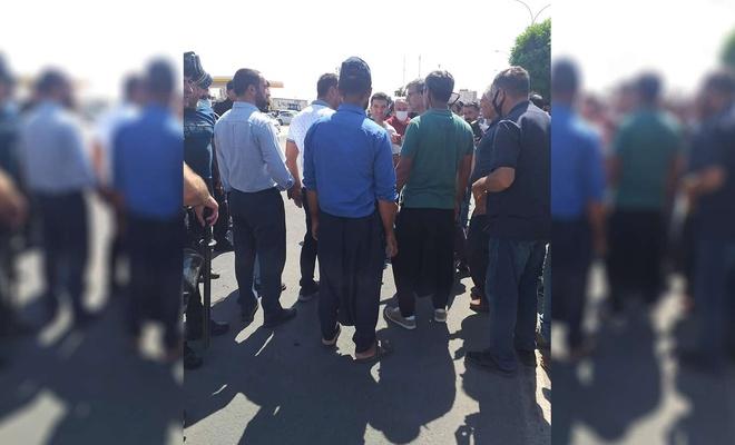 HÜDA PAR Hilvan İlçe Başkanı Atakay elektrik kesintilerini protesto eden çiftçilerle görüştü