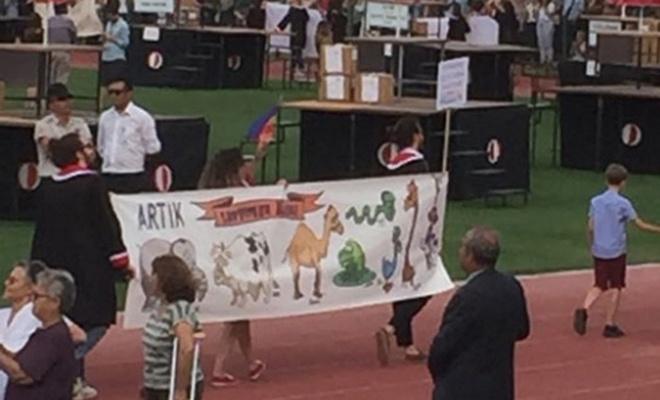 ODTÜ`deki hakaret içerikli pankarta 4 tutuklama