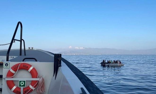 Düzensiz göçü önlemek için Sahil Güvenlik Komutanlığı Van Gölü'nde konuşlandı