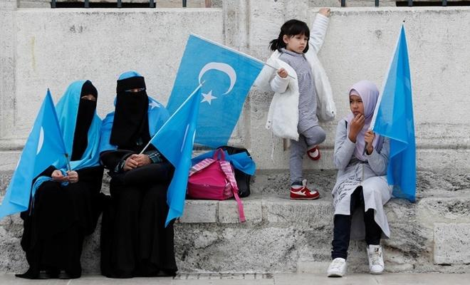 """""""Çin, Müslüman Türk kadınların insan haklarını ihlal ediyor"""""""