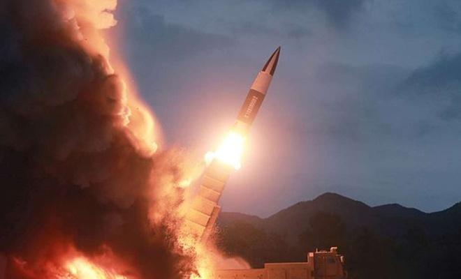 """Kuzey Kore'den """"balistik"""" füze denemesi"""