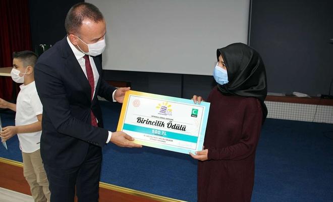 """Ağrı'da """"Sağlıklı Nesil Sağlıklı Gelecek"""" yarışması ödül töreni düzenlendi"""