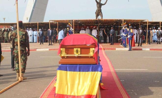Çad Cumhurbaşkanı İdris Deby İtno son yolculuğuna uğurlandı