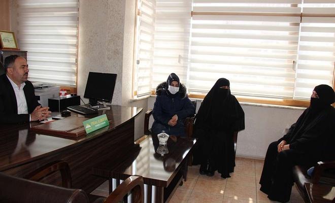 15 Temmuz'da şehit olan Kılıç'ın annesi HÜDA PAR İstanbul İl başkanlığını ziyaret etti
