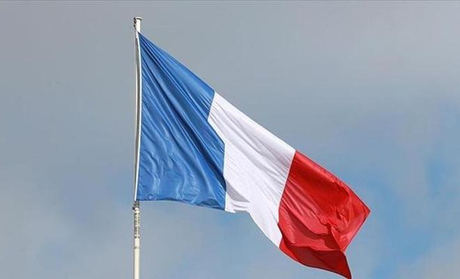 """Fransa'da """"ayrılıkçı"""" yasa tasarısı yeniden onaylandı"""