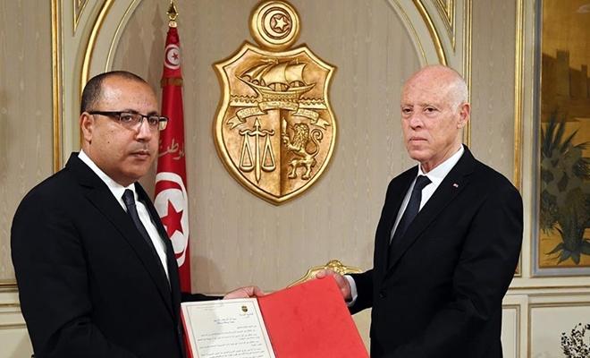 Tunus'a hibe edilen aşılar krize neden oldu?