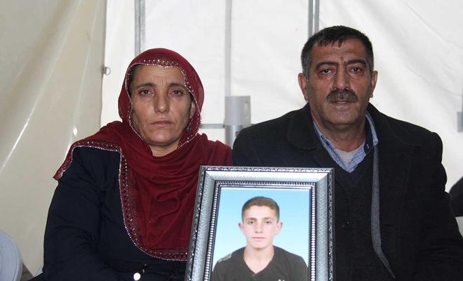 Çocukları kaçırılan bir aile daha evlat nöbetinde