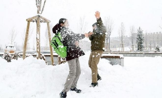 Üç ilde yüz yüze eğitime kar tatili