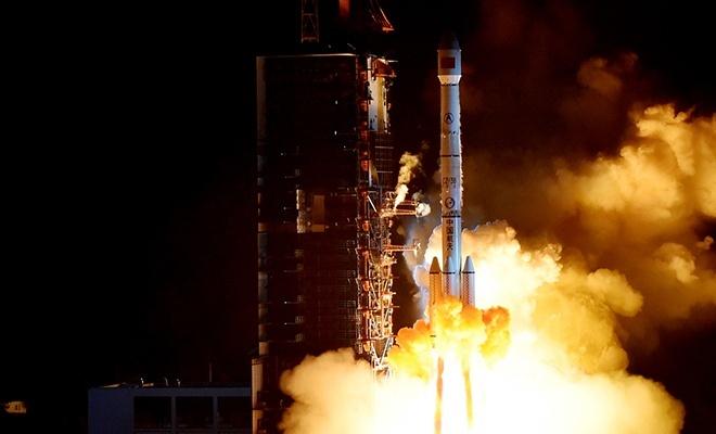 Çin yeni bir haberleşme uydusu fırlattı