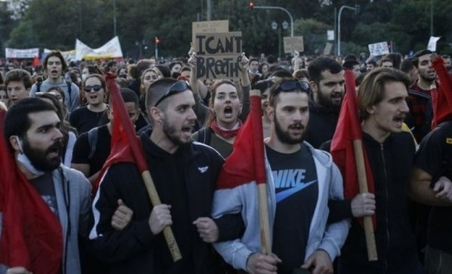 """Şimdi de Yunanlılar """"Kahrolsun Amerika"""" diye slogan atıyor"""