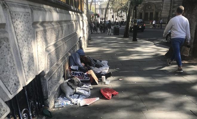 İngiltere'de evsizlerin sayısı günden güne yükseliyor