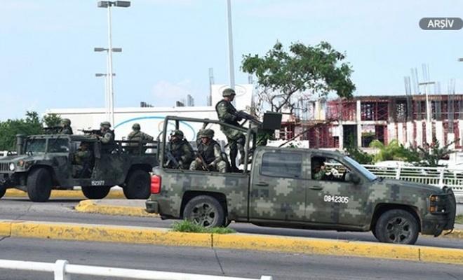 Meksika'da askeri araç kaza yaptı: 5 ölü, 28 yaralı
