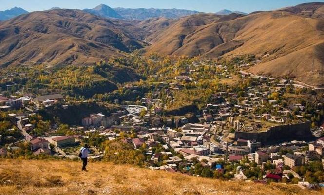 Bitlis`in sonbahar manzarası göz kamaştırıyor