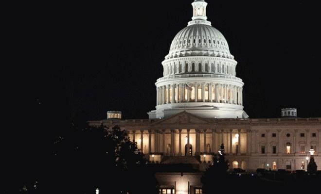 ABD`de hükümet resmen kapandı