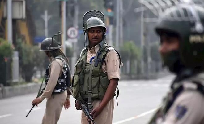 Hindistan Keşmir'de 4 bin kişiyi tutukladı
