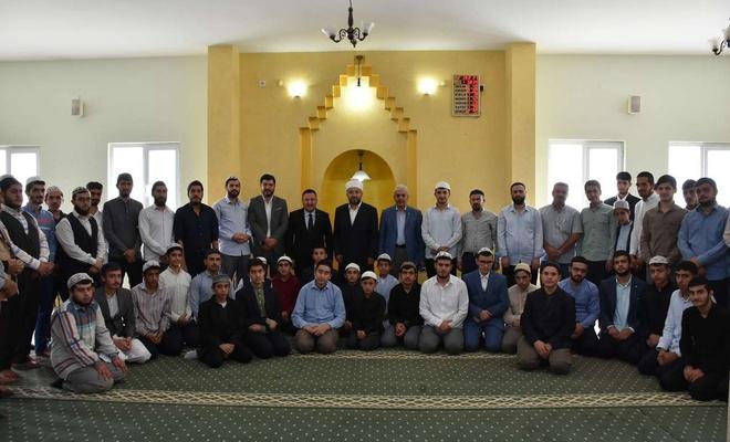 Bağlar Belediye Başkanı Beyoğlu, Haşimiye Medredesi öğrencileriyle bir araya geldi