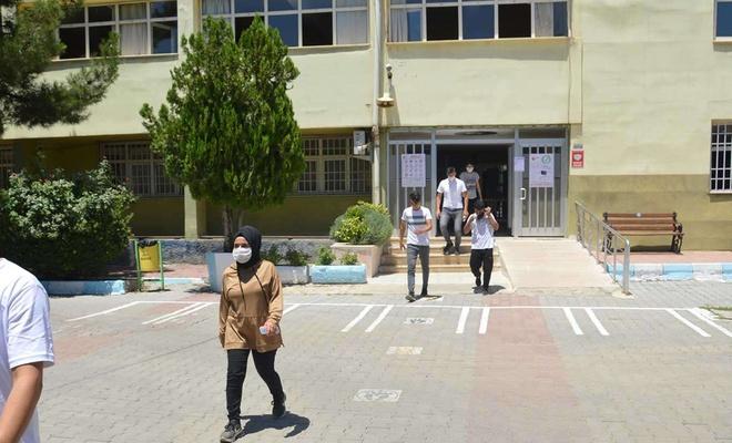 YKS'ye giren öğrenciler sınavı değerlendirdi