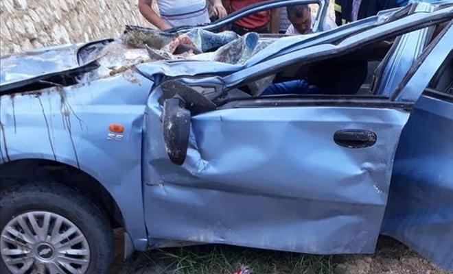 Karaman`da otomobil devrildi: 3 ölü