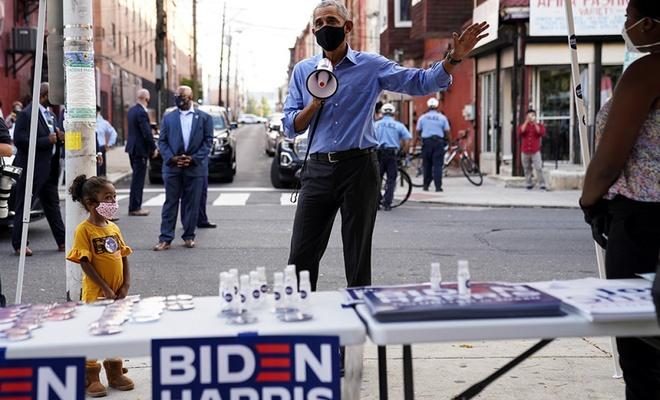 Barack Obama, Joe Biden için sahaya indi