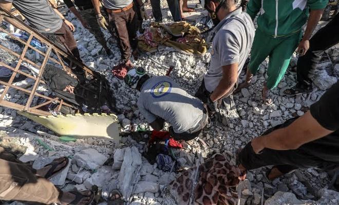 Baas rejimi  İdlib'te sivilleri vurdu!